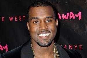 Kanye's penis pics appear online