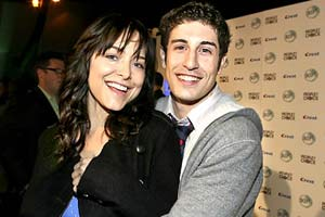 Jason Biggs and his wife