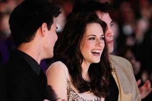 Adele's music is helping Kristen Stewart play Snow White