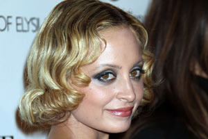 Nicole Richie Is Fat, Not Pregnant