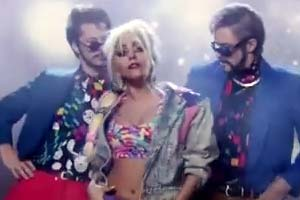 Justin TImberlake, Andy Samberg & Lady Gaga the threesome?