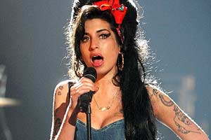 Amy Winehouse back in rehab
