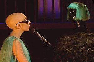 Gaga goes bald!
