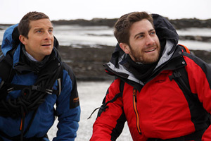 Jake Gyllenhaal eats worms on Bear Grylls' show