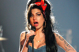 Amy Winehouse album back in U.S. top five