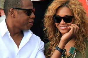 Jay-Z Raps About New Daughter Blue Ivy and Reveals Beyonce had a Miscarriage