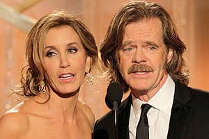 Felicity Huffman & hubbie William H. Macy sing at the Golden Globes 2012