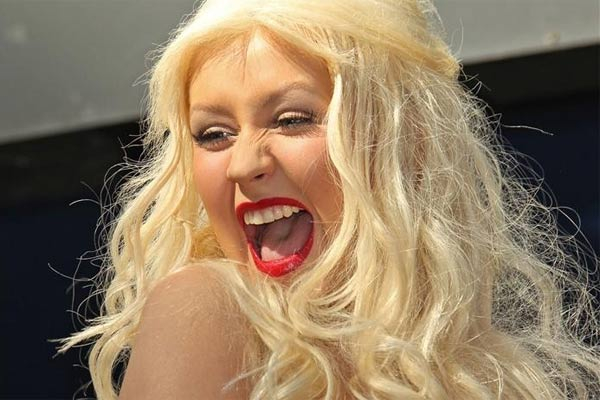 Christina Aguilera angry after misquotes over her weight