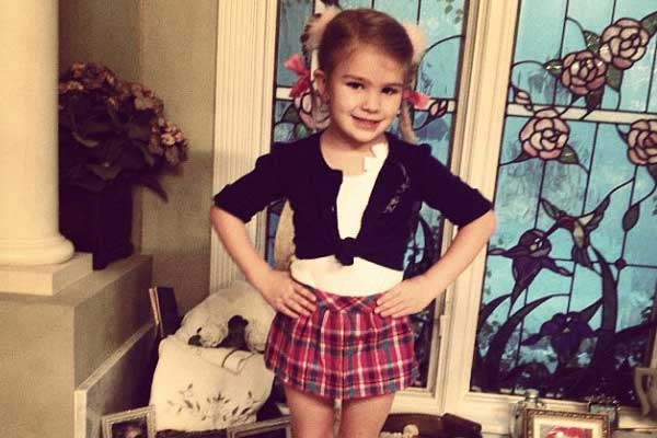 Britney Spears' niece dresses up as a pop star for school event
