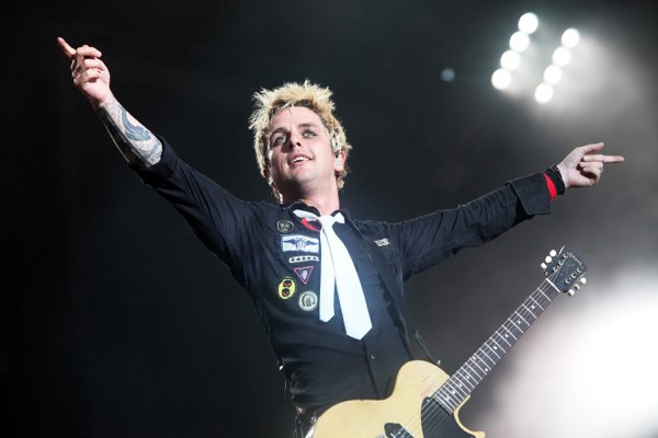 Mike Dirnt spills the beans on Billie Joe Armstrong's mystery illness