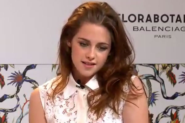 Will Kristen Stewart be returning as Snow White?