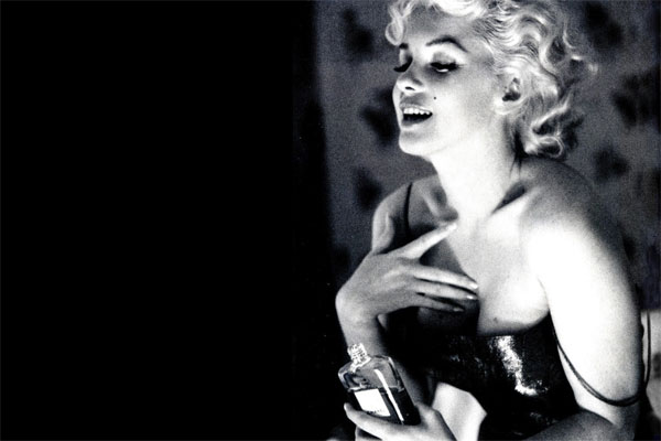 Marilyn Monroe endorses from beyond the grave