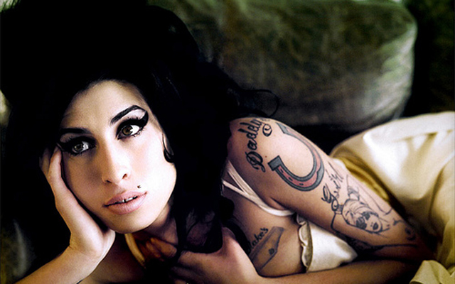 Amy Winehouse's Dad pulls the plug on a story about her life