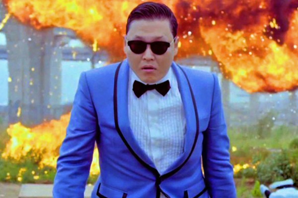 Psy gets a special award in South Korea