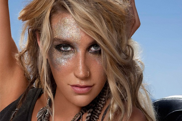 Ke$ha forced to delete naughty photos