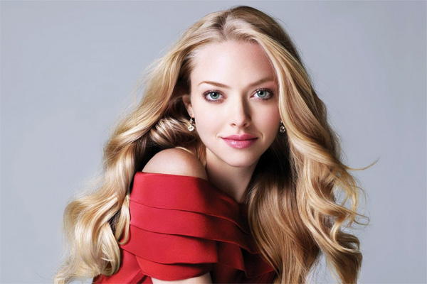 Amanda Seyfried drunk in interview