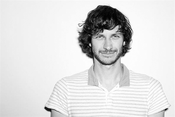 Gotye is biggest selling single in Britain