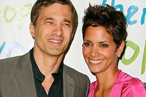 Halle Berry confirms engagement