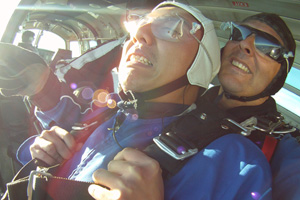 Chang aka Extreme Hung skydives!
