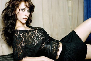 Jennifer Love Hewitt really wants to get spanked