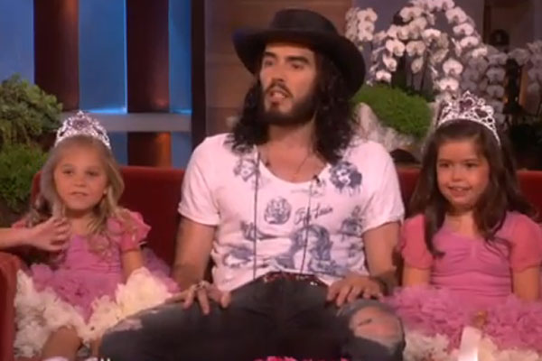 Sophia Grace &amp; Rosie meet Russell Brand