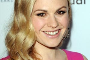 Why Anna Paquin won't fix the gap in her teeth