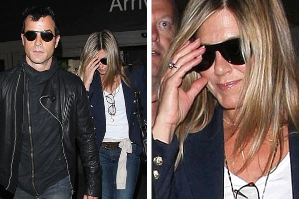 Jennifer Aniston spotted wearing an engagement ring?