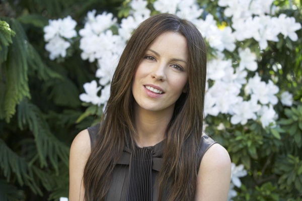 Kate Beckinsale 6th most boring student at her Uni because she refused to do what…