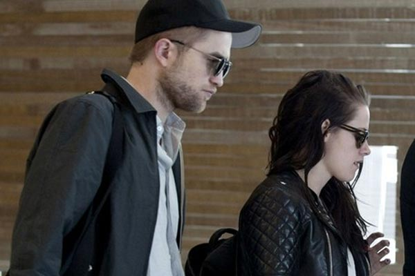 Kristen Stewart and Robert Pattinson are already fighting over something