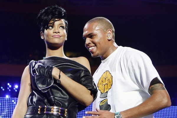 Its happening, Chris Brown &amp; Rihanna hook up on the sly!