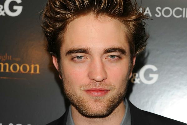 RPatz seeks refuge at his former co-stars house