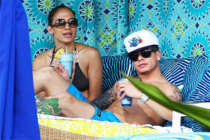 JLo and Casper Smart sue the tabloids