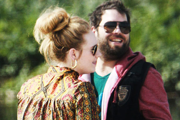 Pregnant Adele doing well as she prepares for motherhood