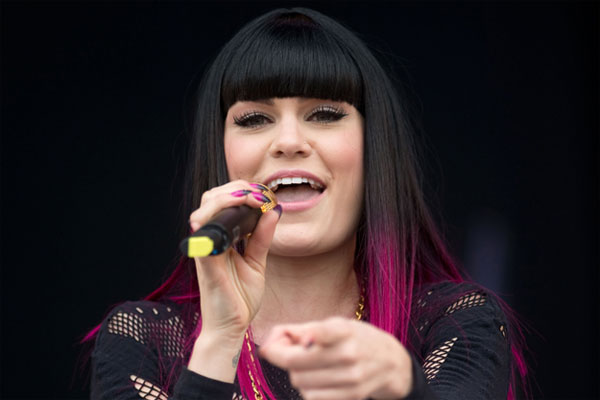 Jessie J pulls a girl out of a coma