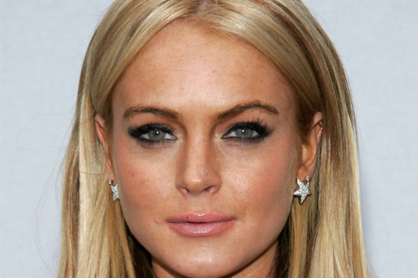 Lindsay Lohan has been questioned by police over more stolen jewellery