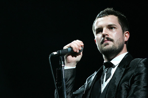 Brandon Flowers from The Killers is in agony