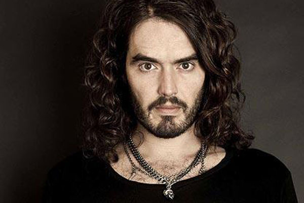 Russell Brand befriends a homeless guy