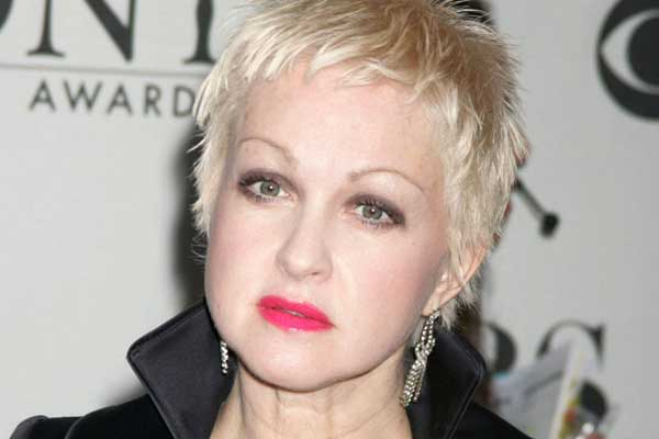Cyndi Lauper paid for a ride with sex