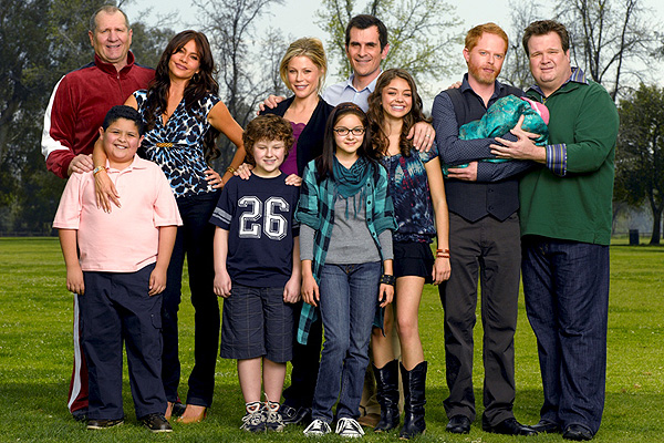A Modern Family star is set to tie the same sex knot