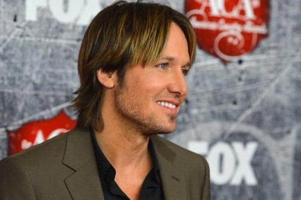 Keith Urban's nude Playgirl shoot regrets