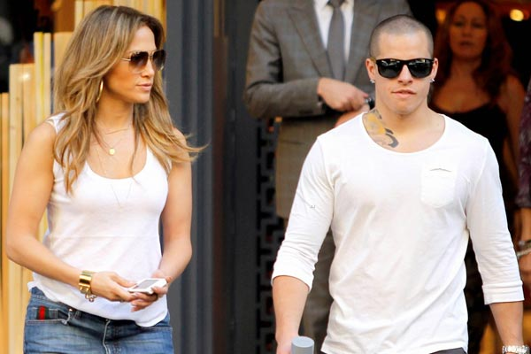 JLo tries to make her toyboy leave her