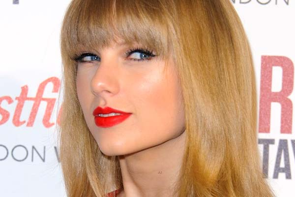 Taylor Swift 'bored of love life jibes'