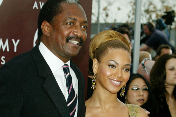 Beyonce's dad is having baby daddy dramas