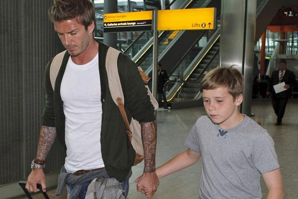 David Beckham's son bends it like him