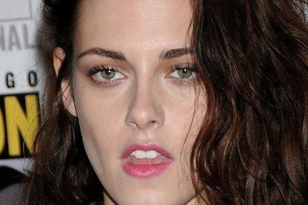 Kristen Stewart slags off women in Hollywood