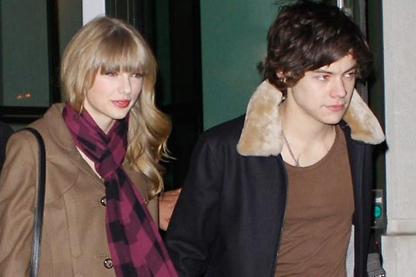 Taylor Swift is actually writing a Harry Styles breakup song!