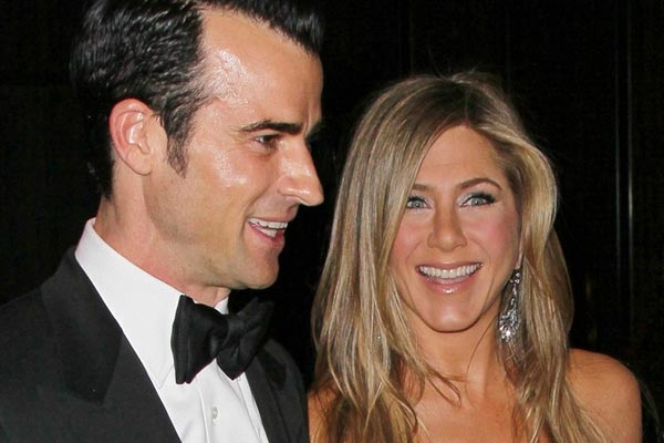 Jennifer Aniston 'in a big rush' for wedding
