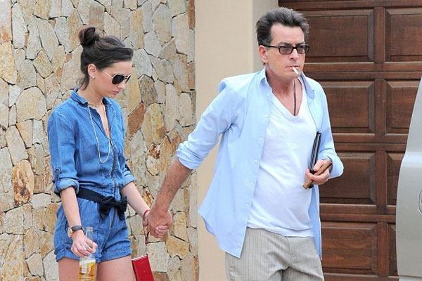 Is Charlie Sheen dating a porn star?