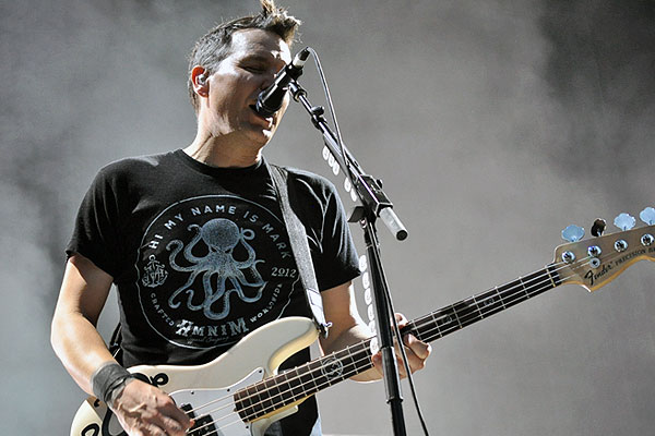Blink 182 live at Soundwave Sydney 2013