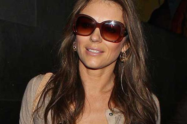 Liz Hurley is a dizzy Lizzy